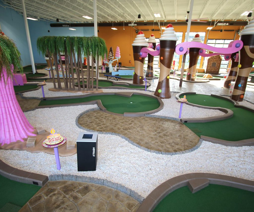 Indoor Golf Course at Crave Golf Club in Pigeon Forge, TN
