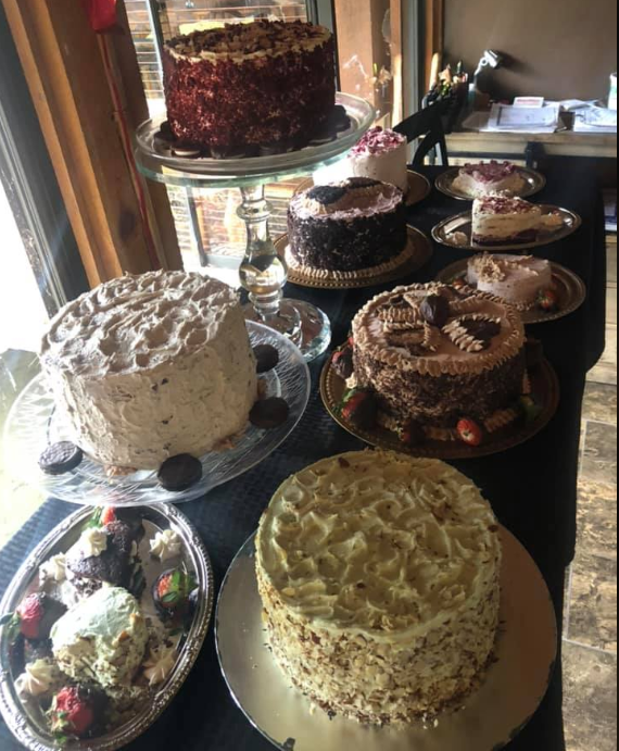 homemade cakes at crystelle creek