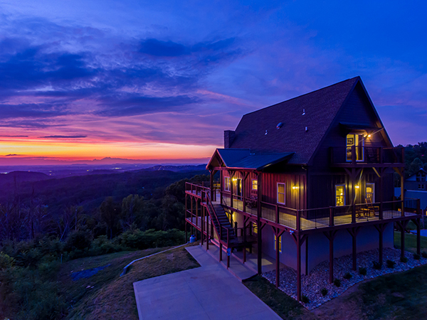 The Best View Lodge at Sunset