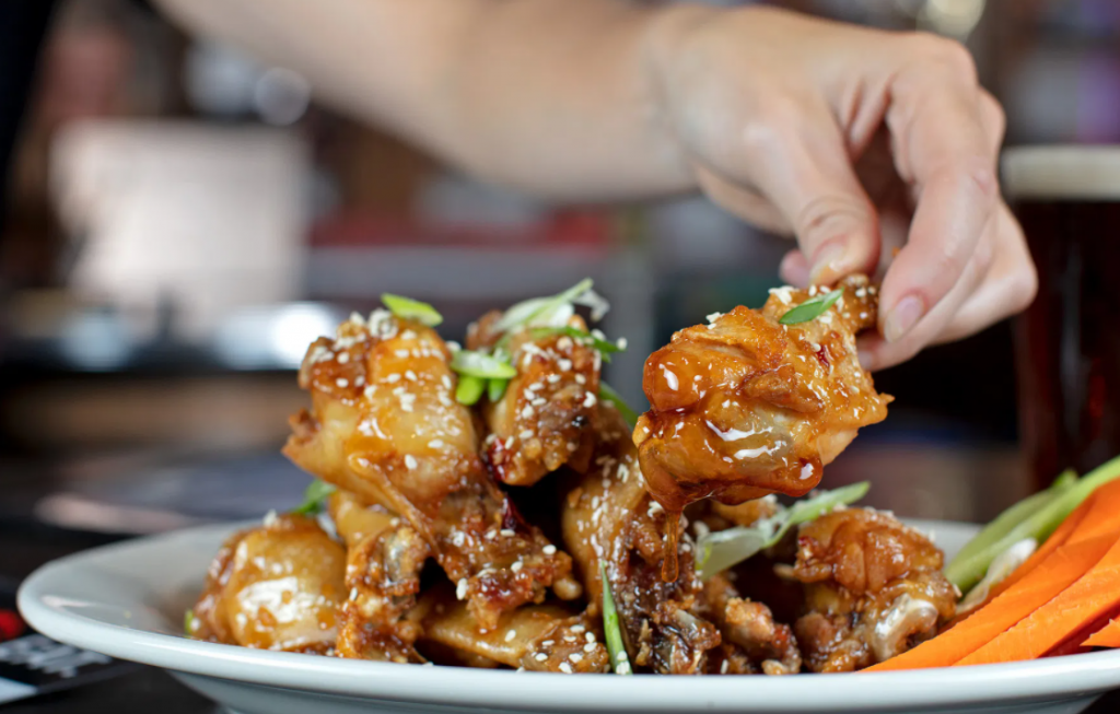 general tso chicken wings at Puckers